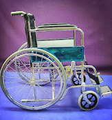 Solid tyre wheelchair