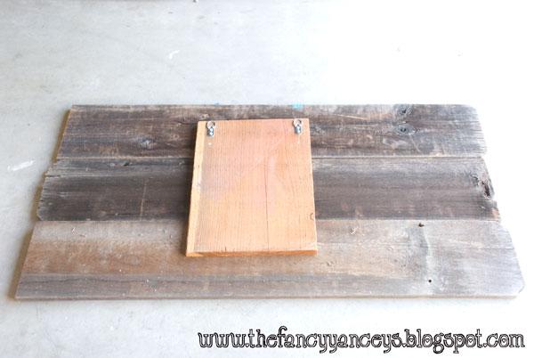 diy sisal rope reclaimed wood sign