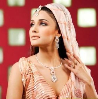 ZARA SHEIKH   INDIAN ACTRESS PICTURES