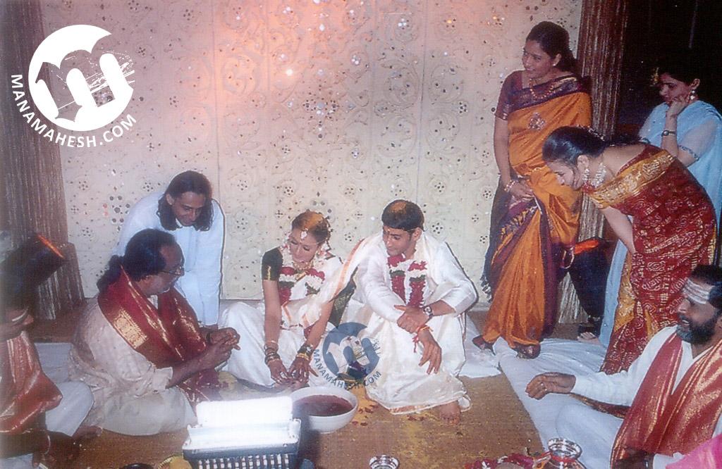 Mahesh Babu & His Wife Namrata Marriage Photos, Pics