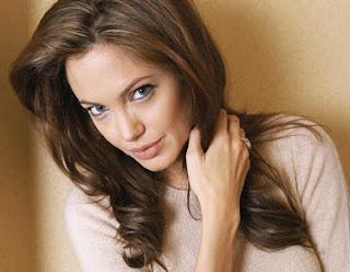 Angelina Jolie-Hair Style-Blokspot 2012