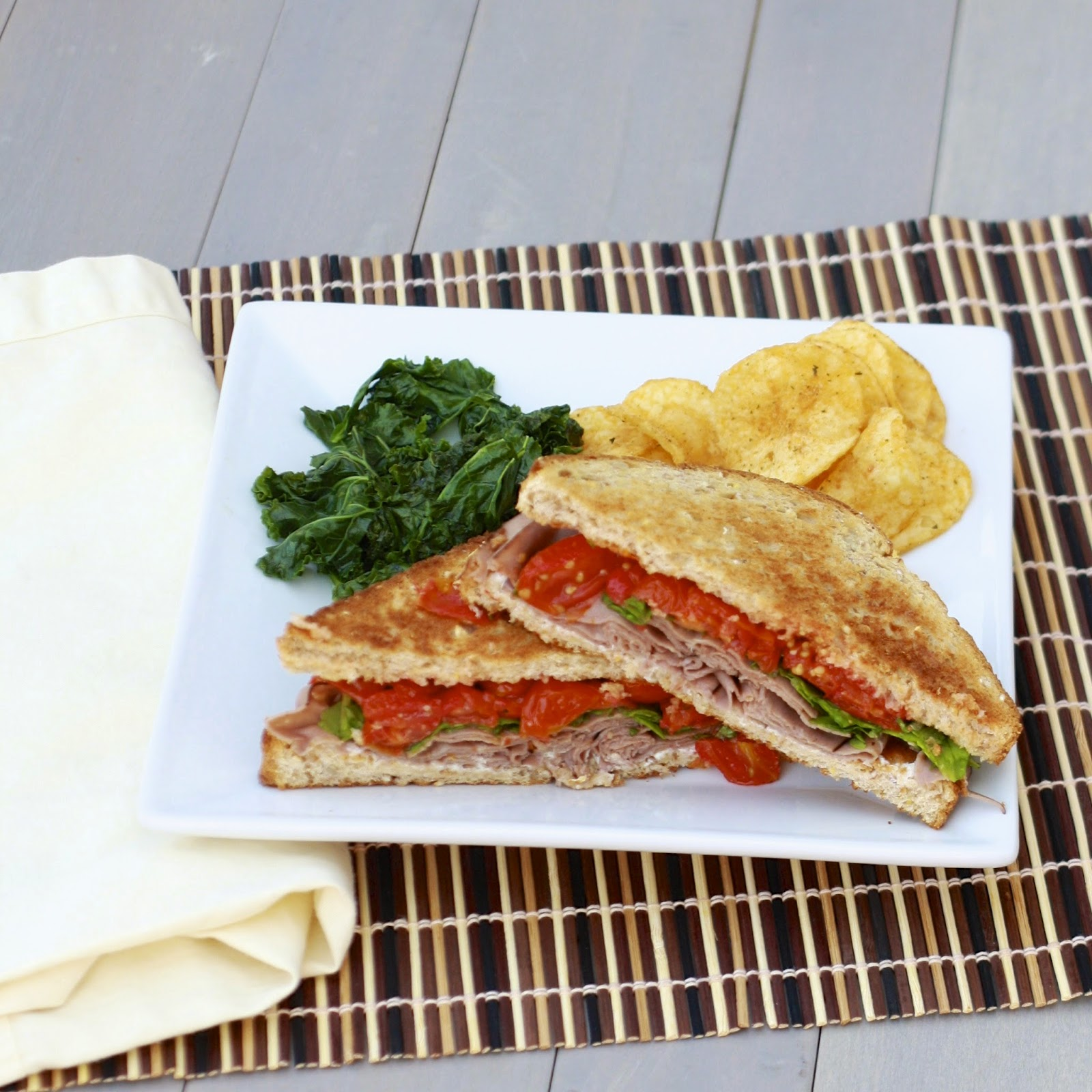 Roast Beef with Roasted Tomatoes Sandwiches | The Sweets Life