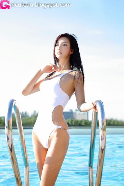 Li-Ying-Zhi-White-Monokini-04-very cute asian girl-girlcute4u.blogspot.com
