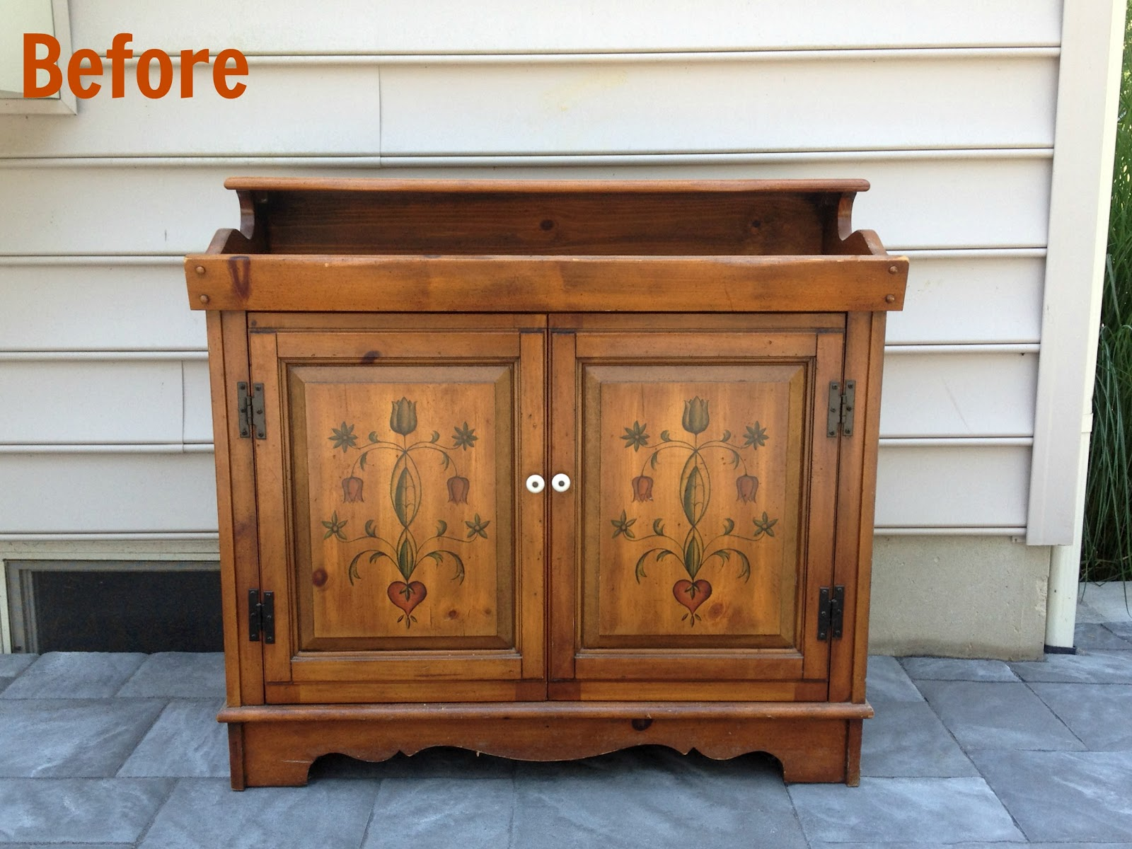Guest post east coast creative rocks an old stereo for Furniture upcycling