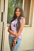 Pooja jhaveri new glam pics-thumbnail-15