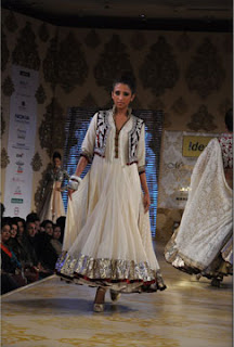 manish malhotra mijwan fashion show