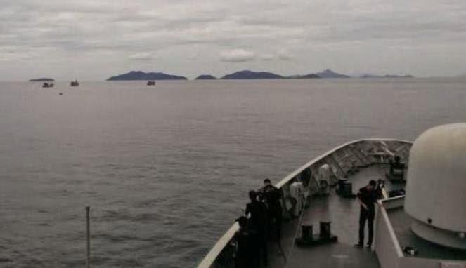 Hari ini 3 Kapal Asing Pencuri Ikan Di Tenggelamkan