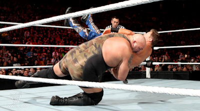 the big show se lanza atacando a the miz con brutal lanza