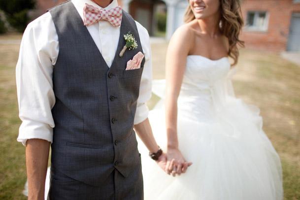 http://www.ilblogdisposamioggi.com/2015/07/look-sposo-qualche-nuova-proposta-non.html