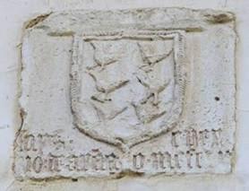 Escudo del palacio Valdés Bazán en Candamo
