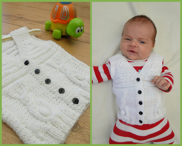 Babies vest with rabbits. Cute knitting pattern.