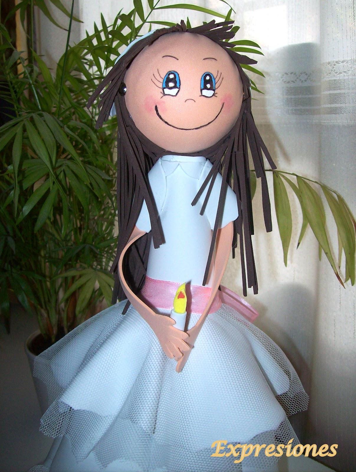 de las dificultades que tiene hacer estas muñecas es pintar las caras