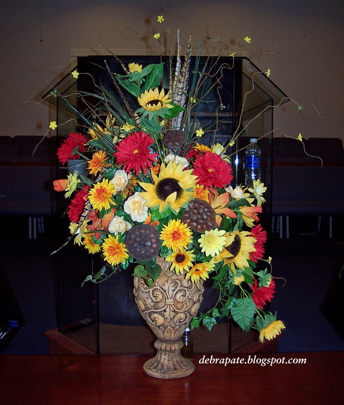 Fabulously creative fall flower arrangement