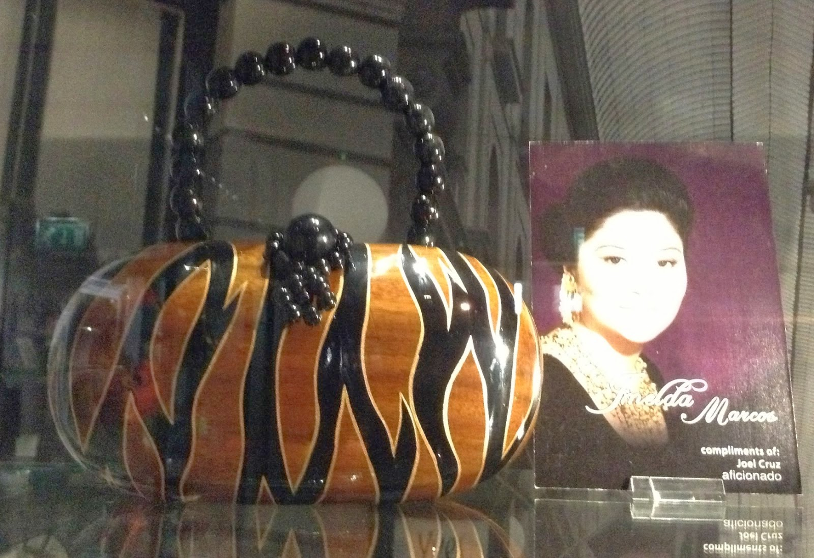 http://msmadge.blogspot.co.uk/2013/06/part-ii-museum-of-bags-purses-amsterdam.html