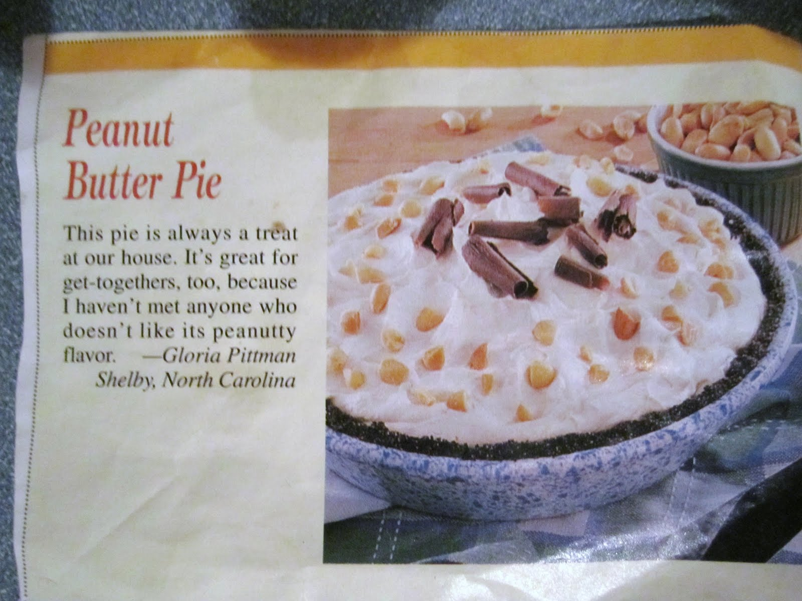 Pamplona: Frozen Peanut Butter Pie and Blueberry Cheesecake