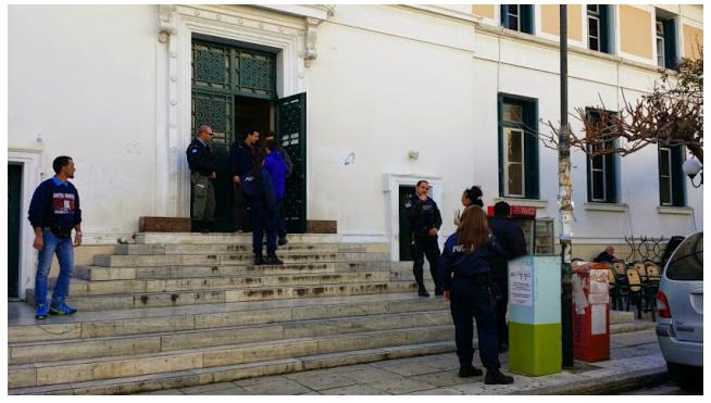 Ηλικιωμένη με 300€ σύνταξη έχασε από πλειστηριασμό τράπεζας το σπίτι της, 60τ.μ, στο Καλαμάκι για 20.000€