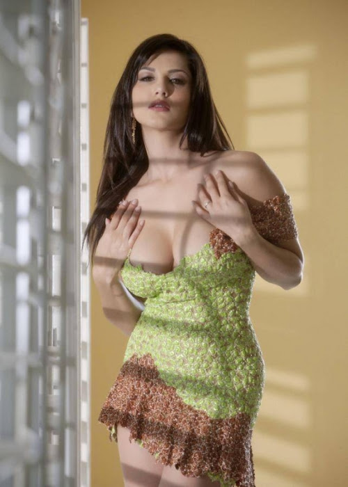 sunny leone spicy hot images