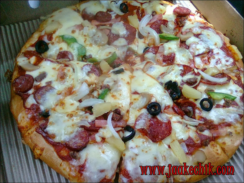 pizza hut, pizza paling sedap di Domino's pizza, pizza paling sedap, pizza hut delivery, pizza hut delivery kota bharu, pizza hut delivery pasir tumboh,
