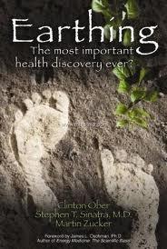 Θεραπεία μέσω της επανασύνδεσης με τη Γη. Γείωση, άσε τον πλανήτη να σε θεραπεύσει