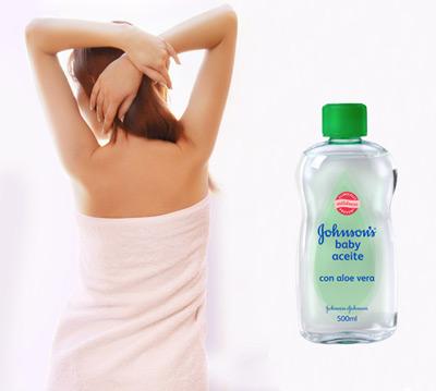 aceite hidratante para la piel Johnson's Baby con Aloe Vera