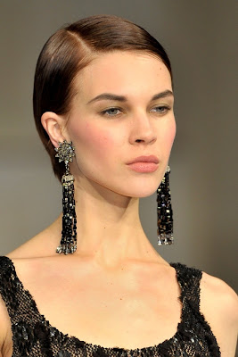 Fall/Winter 2011-2012 Hairstyle Trends-Oscar de la Renta