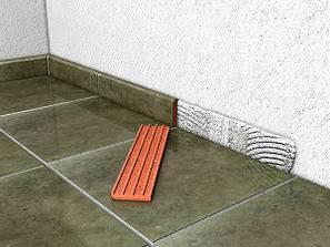 Como colocar zocalos o rodapies aprender hacer bricolaje Como colocar ceramica en pared