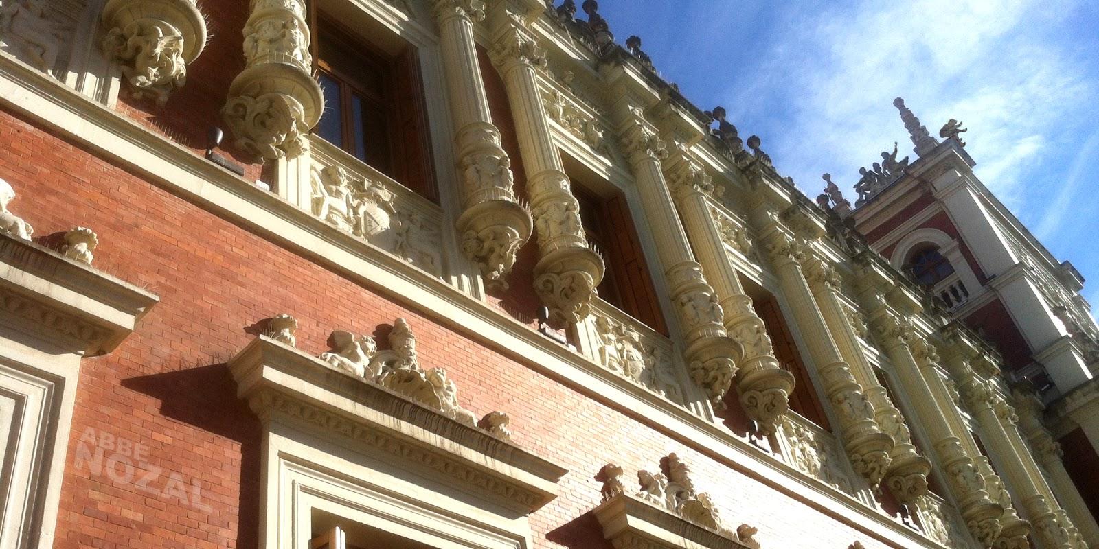Palacio a disposición de quienes habitan las azoteas, 2014 Abbé Nozal