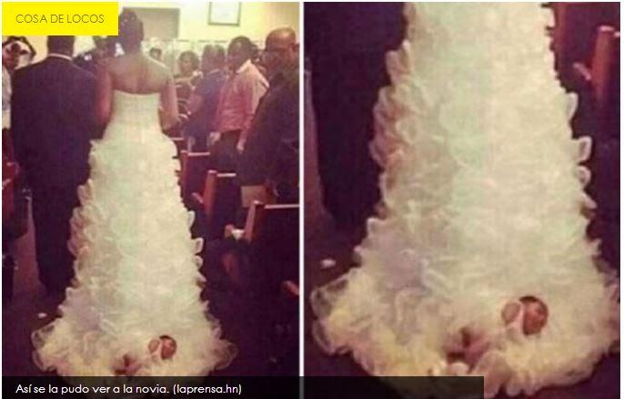 Amarró a su bebé en el vestido de novia  para caminar junto a él hacia el altar