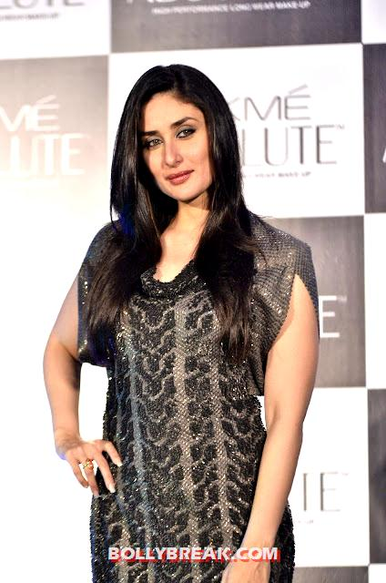 Kareena Kapoor Fat arms - Kareena Kapoor at Lakme Event