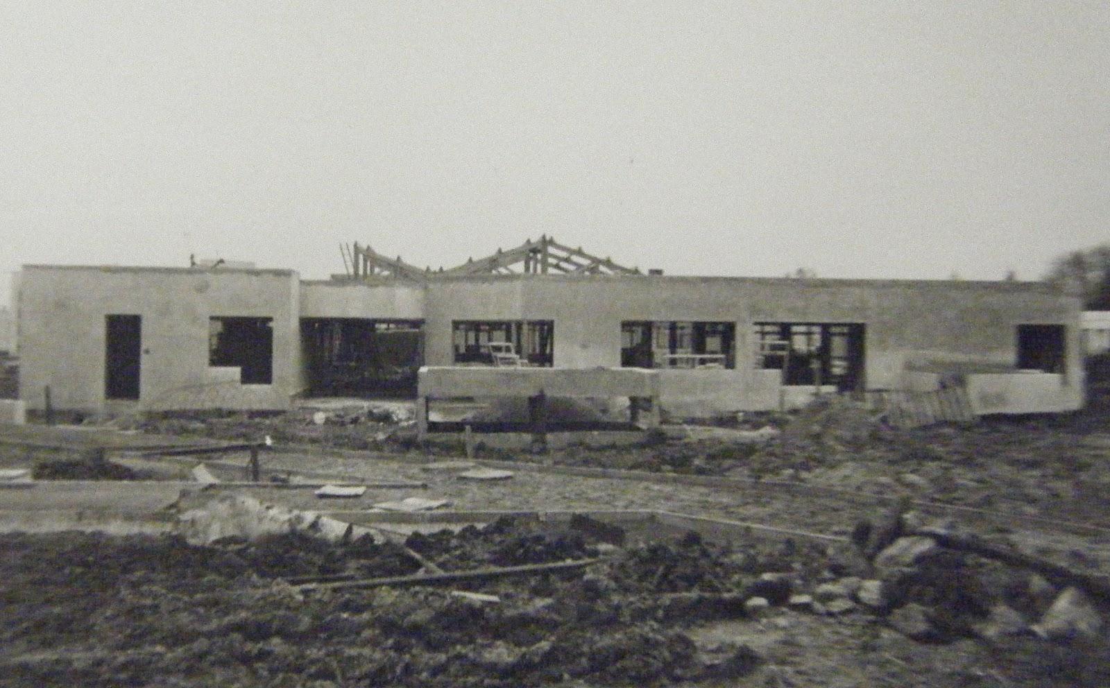 Memoire du noyer crapaud et ses environs construction for Crapaud dans la maison