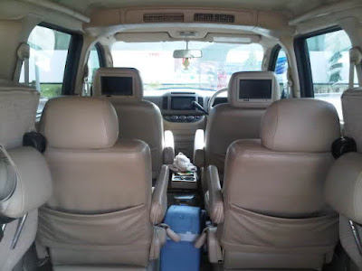 Foto Interior Kabin Nissan Serena C24