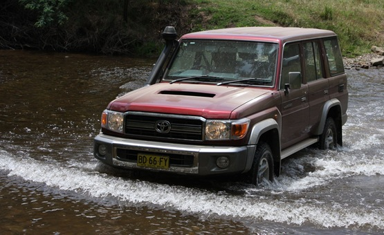 2010 Toyota Landcruiser 70 Series Wagon Road Test And ...