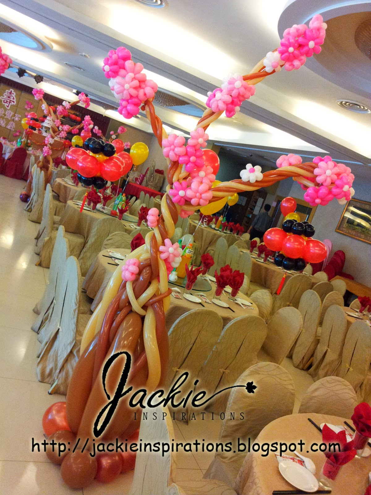 chinese new year theme decoration good happiness restaurant sibu