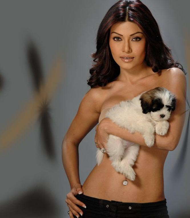 koena mitra topless photo