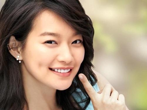 http://3.bp.blogspot.com/-pS7jx4aSPxY/UODBM0uoM_I/AAAAAAAAClY/Fkj0u5JDYvY/s1600/Shin-Min-Ah-korean-actors-and-actresses-32733854-500-375.jpg