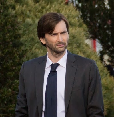 Photo by from @tysonelder on Twitter of David Tennant filming Gracepoint on 19 Feb