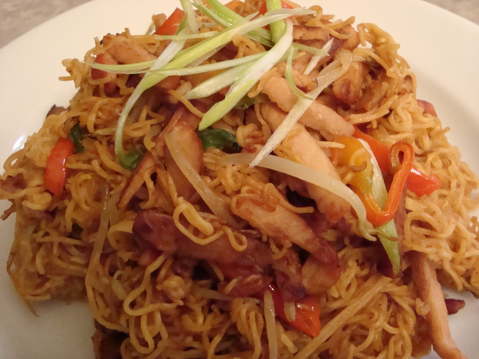 Difference Between Chow Mein And Lo Mein Difference Between Lo ...
