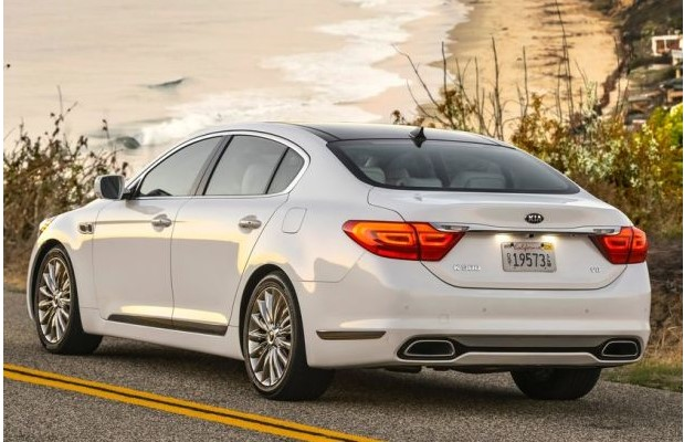 2016 KIA K900 RECEIVES NEW V-6 REJUVENATED DESIGN