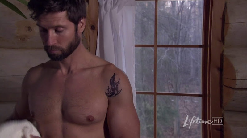 Damon Runyan Shirtless in Another Man's Wife