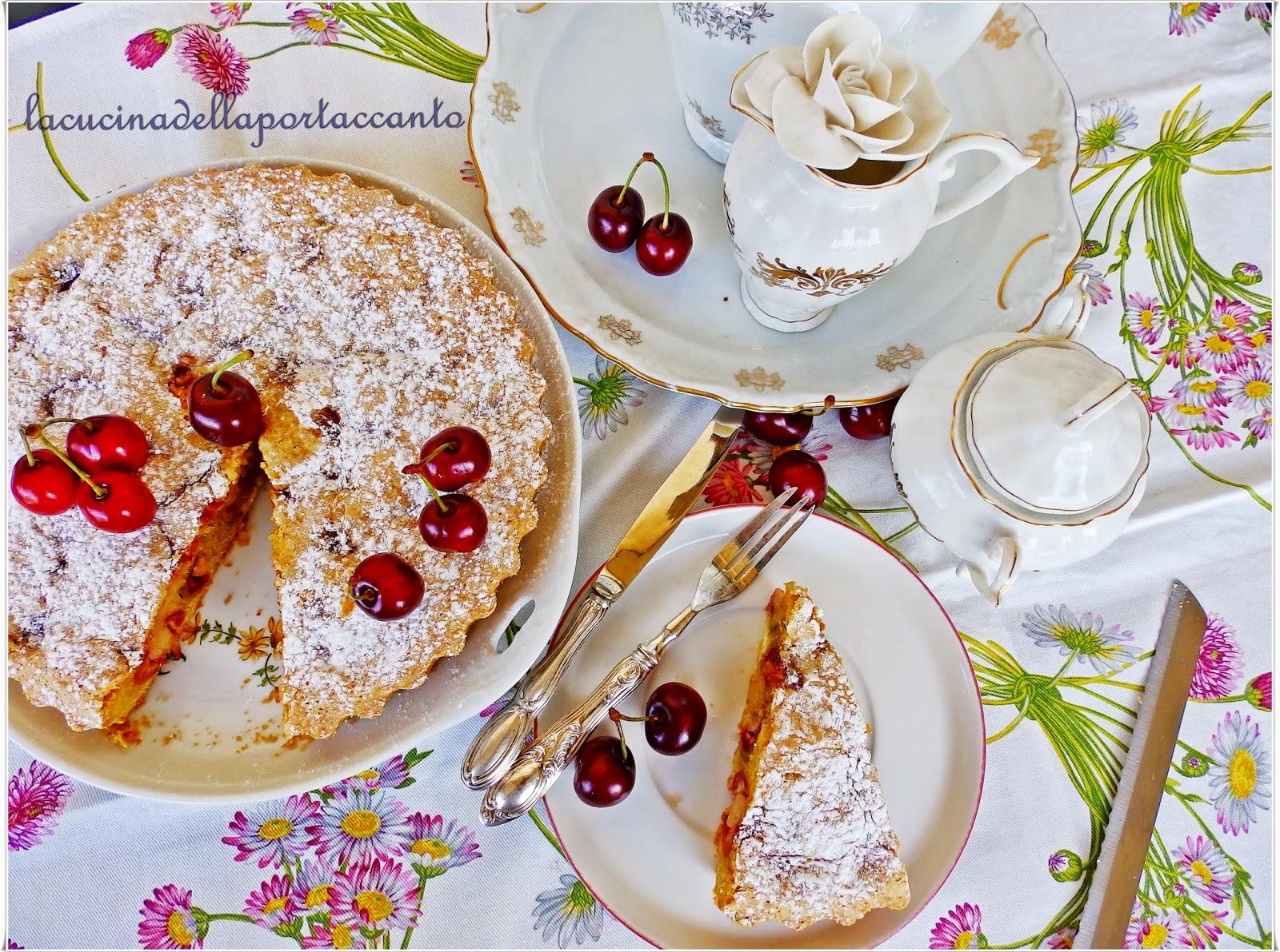 torta soffice alle ciliegie senza lattosio