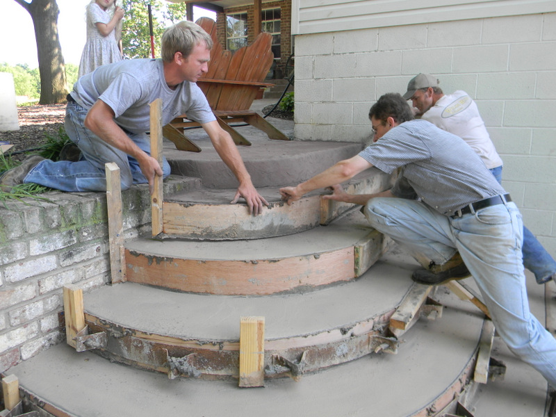 how to build round concrete steps