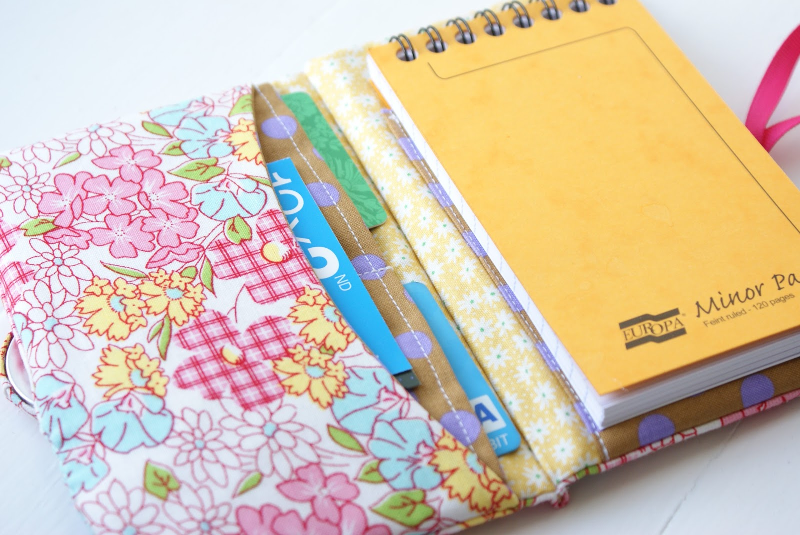 Handmade Book Cover Ideas : Messyjesse a quilt by jessie fincham january