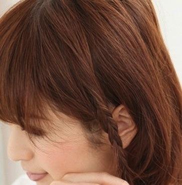 Artikel tentang cara mengikat rambut dengan penjepit rambut hanya ada