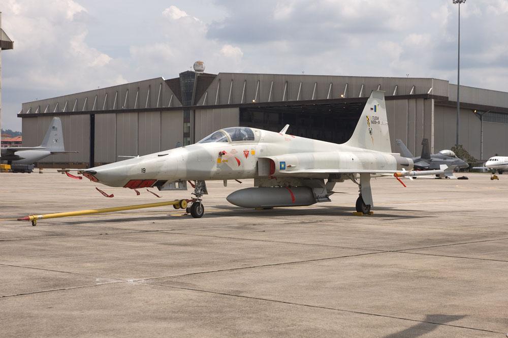 pesawat_RF5E_TUDM