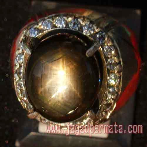 Batu Permata Black Safir Star
