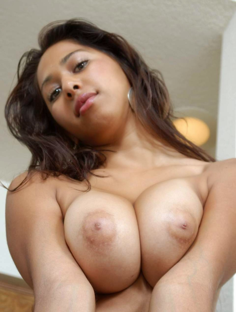 nude big boobs