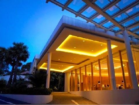 Resort Ini Didesain Dengan Suasana Tropis Menampilkan Perpaduan Bangunan Jaman Penjajahan Dan Sentuhan Desain Modern Di Hotel