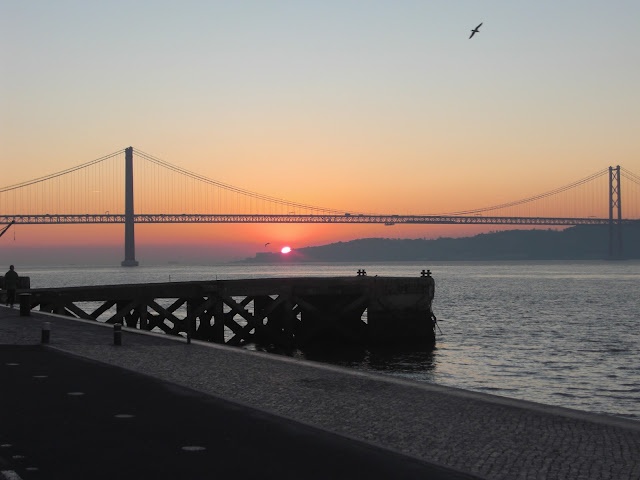 ponte 25 de abril nascer do sol