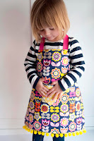 Tutorial: Child&#39;s Fat Quarter Apron