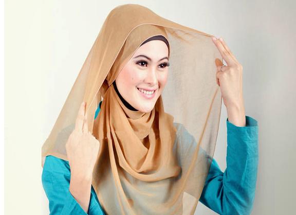 Cara Memakai Hijab Segi Empat Terbaru